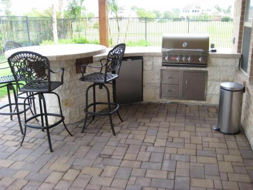 Outdoor Kitchens (19)